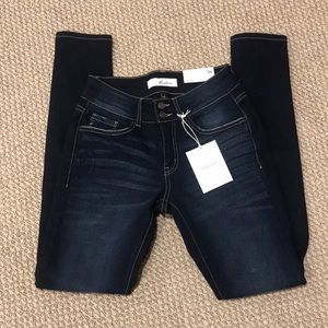 NWT Kancan Dark Skinnies